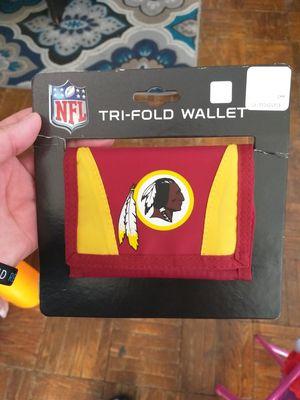 Discontinued Brand new Redskins tri gold waller for Sale in Hyattsville, MD