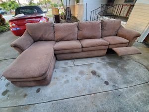 La-Z-Boy Sectional Lounge Recliner Couch for Sale in St. Petersburg, FL