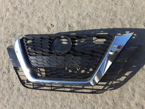 Nissan Sentra front Grill 2020 for Sale in Wilmington, CA