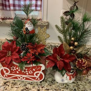 Christmas decor🎄$35 for both. Please check my other offers. for Sale in Kissimmee, FL