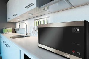 LG microwave for Sale in Falls Church, VA
