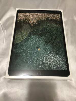 BRAND NEW 10.5-in iPad Pro / Space Grey / 64GB for Sale in Washington, DC