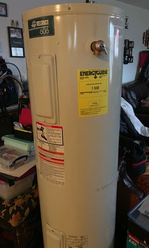 Electric water heater works great for Sale in Riverton, UT
