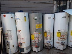 Water heater de gas natural 30,40 y 50 galones for Sale in Bakersfield, CA