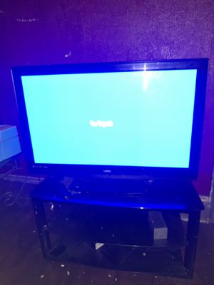 55 inch Flat Screen TV for Sale in Cuyahoga Heights, OH