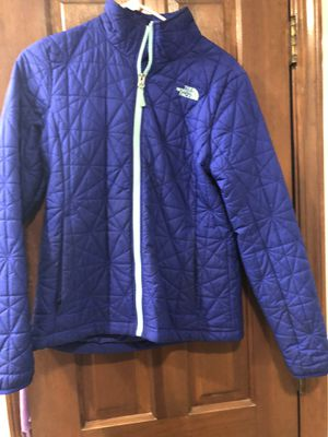 Women's medium north face jacket for Sale in Elgin, IL