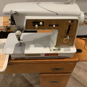 Sewing Machine And Table for Sale in Ocala, FL