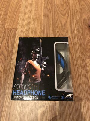 Brand New Gaming Headset for PS4, PC, Xbox One Controller, Noise Cancelling Over Ear Headphones with Mic, LED Light, Bass Surround, Soft Memory Earmu for Sale in Reynoldsburg, OH