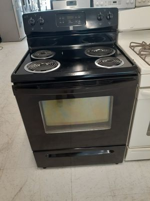 Kenmore electric stove used in good condition with 90 day's warranty for Sale in Mount Rainier, MD