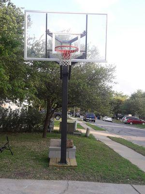 Pro Basketball Hoop for Sale in Leander, TX