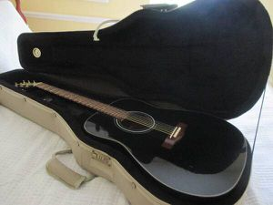 Yamaha F 335 BK Acoustic for Sale in Fort Myers, FL