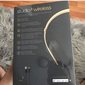 Beats Studio 3 Wireless for Sale in Queens, NY