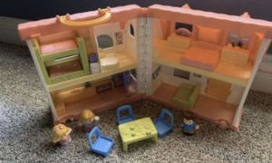 Little people surprise and sounds doll House- like new for Sale in Edmond, OK