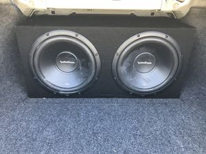 """2 Rockford Fosgate 12"""" subwoofers with box/amp/bass knob for Sale in Tampa, FL"""