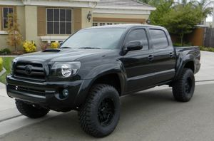2008 Toyota Tacoma TRD It has low miles (114,657) 4.0L for Sale in El Monte, CA