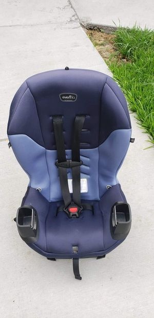 Evenflo rear forward facing car seat in clean good condition ready to be use for Sale in Houston, TX