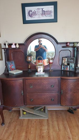 Nice old hutch .it was made around 1910 .at that time it was very expensive.a very hard piece to find .1200 is a fair number. for Sale in El Cajon, CA