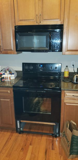 Whilpool Black appliances set for Sale in Bowie, MD