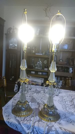 Set of 2 vintage lamps for Sale in Freeland, PA