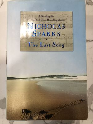 NICHOLAS SPARKS BOOKS for Sale in Watertown, MA