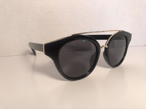 High fashion stylish sunglasses for Sale in St. Louis, MO