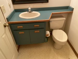 Bathroom sink with faucet and cabinet included for Sale in Casselberry, FL