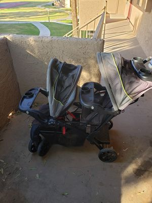 Double stroller for Sale in Chandler, AZ
