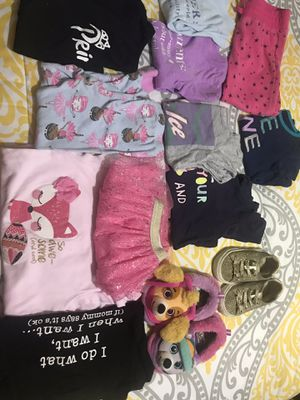 Ropa niñas size 3t zapatos size 7-8 for Sale in Haines City, FL