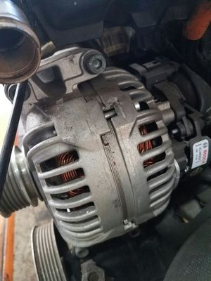2007 AUDI A4 2.0T BOSCH ALTERNATOR for Sale in Laurel, MD