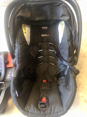 Infant car seat - Britax BSafe35 Agile + 2 car bases + Stroller Mount inserts(new) for Sale in Herndon, VA