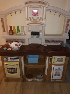 Play kitchen just like home for Sale in San Diego, CA