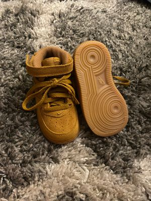 Baby nikes size 6c for Sale in Harbison Canyon, CA