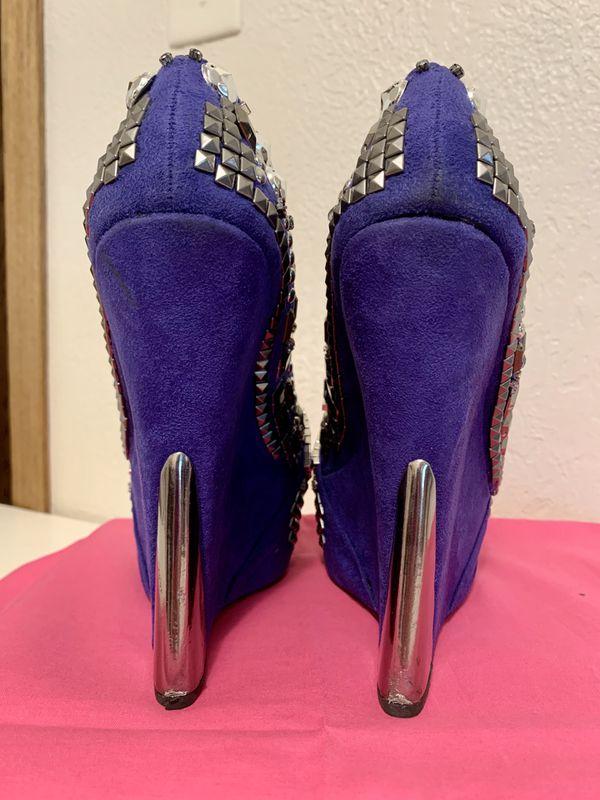 Women's Size 8 Rhinestone Studded Wedge Shoes