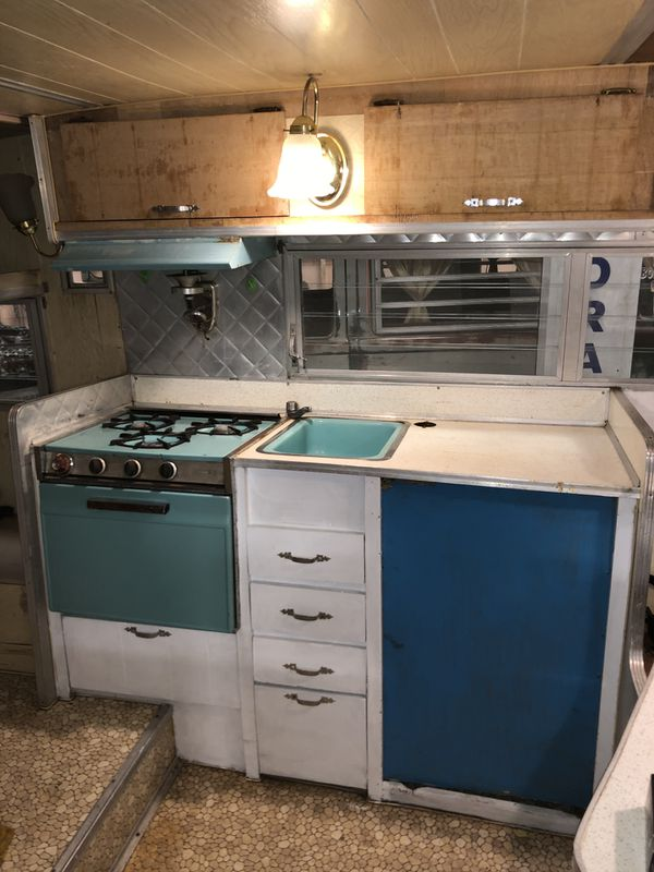 1967 Aristocrat Lo Liner Vintage Camper Trailer For Sale In Denver Co Offerup