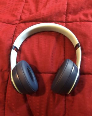 Beats Solo 3 Wireless for Sale in Raleigh, NC