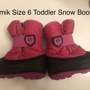 Like New Kamik Size 6 Toddler Snow Boots for Sale in Pleasant Hill, IA