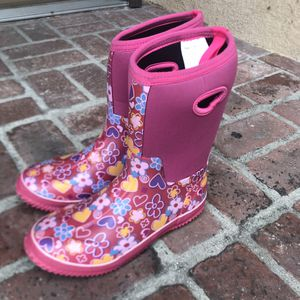 Raining boots 👢 for Sale in Chino, CA