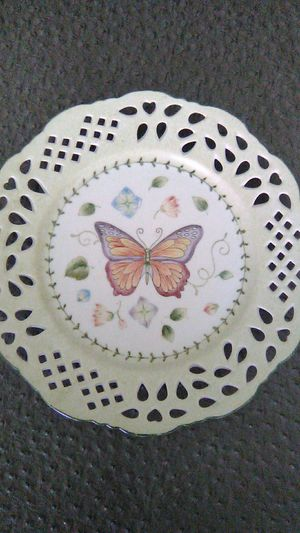 Butterfly decorative plate for Sale in Lexington, NC