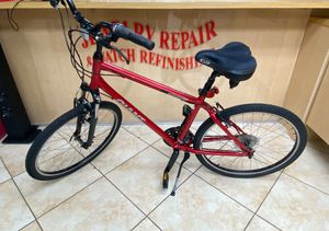 Giant Sedona c9 Mountain Bike medium for Sale in Coral Springs, FL