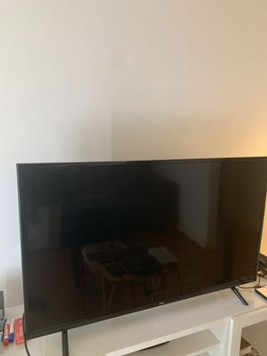 TCL Flat Screen 42 inch TV for Sale in Los Angeles, CA