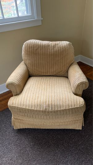 Chair for Sale in Lackawanna, NY