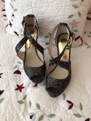 Michael Kors shoes size 6.5 for Sale in Miami, FL
