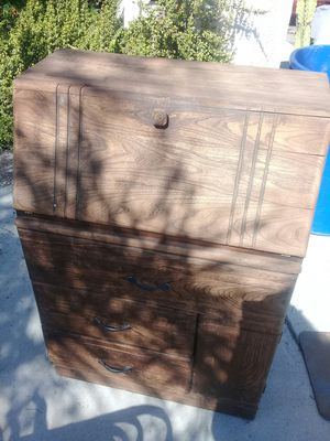 Free solid wood secretary/chest of drawers/dresser/desk for Sale in Vista, CA