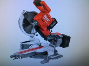 Milwaukee compound miter saw kit with 9.0AH battery for Sale in Detroit, MI
