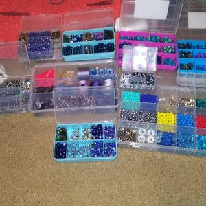 Lot Of Mostly glass Beads for Sale in Bend, OR