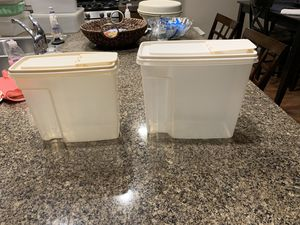 Vintage Rubbermaid canisters for Sale in Damascus, OR