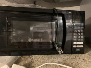 Small black microwave for Sale in Everett, WA