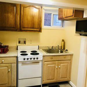 Basement APT $1200 for Sale in Mount Rainier, MD