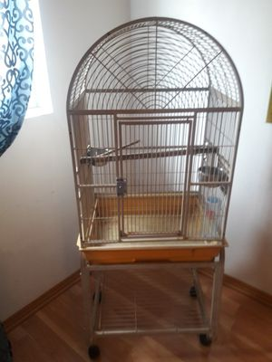 Bird cage about 5' for Sale in Miami, FL