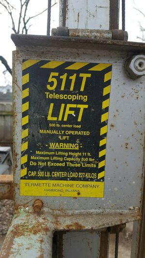 Construction manual lift for Sale in Oak Forest, IL